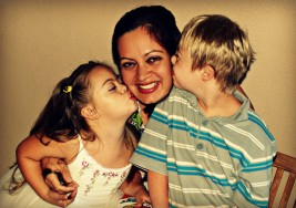 La dedicación eterna y ejemplar de los padres con hijos que tienen síndrome de down