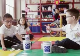 APAC lanza campaña para recaudar fondos para niños con parálisis