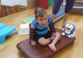 Arka y su lucha contra la parálisis cerebral
