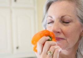 El deterioro del sentido del olfato podría ser una señal de Alzheimer