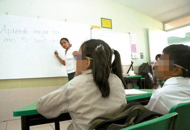 Capacitan a los docentes de Q. Roo sobre el autismo