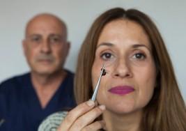 """""""Mi marido me trata la esclerosis múltiple con picadura de abejas"""""""