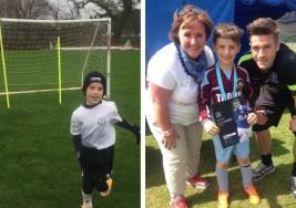 Este niño con parálisis cerebral demuestra sus habilidades en el fútbol