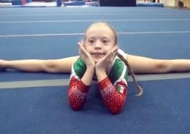 Qué gran gimnasta…. esta niña con síndrome de Down