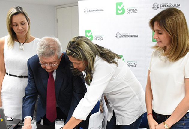 Firman convenio de programa para personas con síndrome de Down