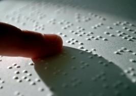 Wikipedia se pone del lado de los ciegos y prepara un motor de búsqueda específico