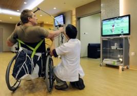 Suscriben un convenio para potenciar el bienestar y la calidad de vida de personas con esclerosis múltiple