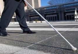 Una aplicación describe a los ciegos lo que tienen a su alrededor en la calle