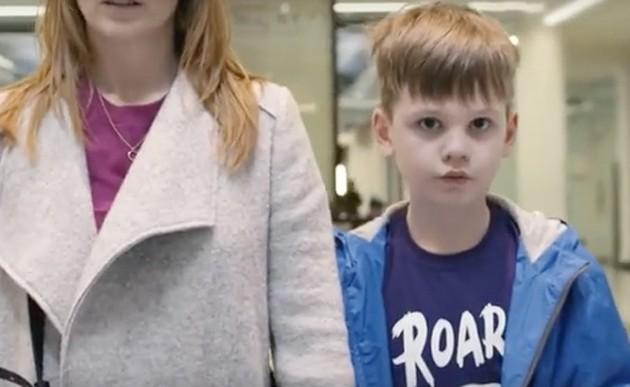 Mirá lo que ve y siente un niño con autismo durante 90 segundos