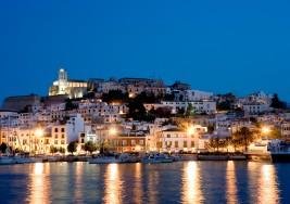 Un 'clubber' con parálisis cerebral recauda 5.000 libras en Facebook para viajar a Ibiza