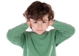 Crean padres libro para sordos