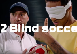 VIDEO: Neymar vive la experiencia del futbol para ciegos