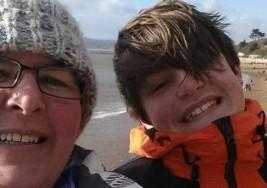 20.000 tarjetas de cumpleaños para Ollie, un niño con autismo