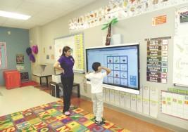 Reducen limitantes de niños con autismo