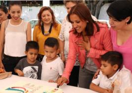 Celebran aniversario del Centro de Autismo