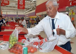 Más de 4 millones de adultos mayores trabajan en México