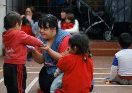 Noelia logra la hazaña de ser maestra titular con síndrome de Down