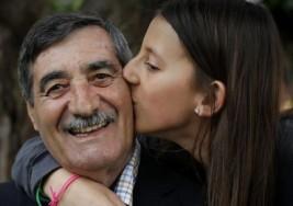 Una niña de 11 años salva la vida de su abuelo tras un infarto