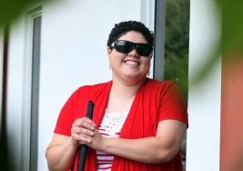 Una computadora especial para ciegos abriría nuevo mundo a joven puertorriqueña