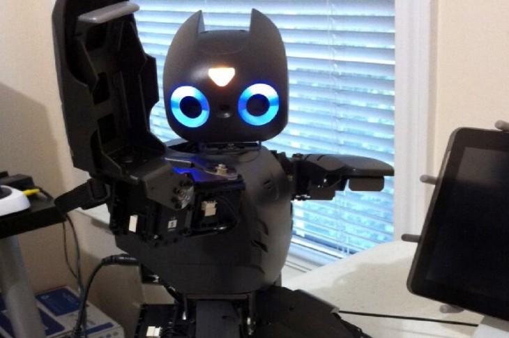 un robot que ayuda en la terapia de ni u00f1os con par u00e1lisis cerebral  u2013 todos somos uno