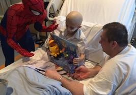 Padre cumple el desgarrador último deseo de su hijito de 7 años que pierde su batalla contra el cáncer