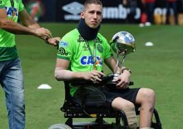 Perdió su pierna en el desgarrador accidente aéreo de Chapecoense en Brasil