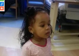 Madre sentía un olor a podrido en su hija de 18 meses, cuando descubrió lo que lo producía rompió en llanto