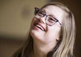 La historia de la brillante bailarina con síndrome de Down que competirá en un concurso de belleza