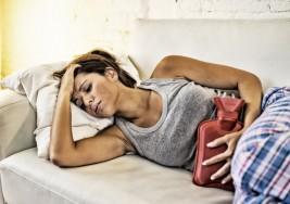 12 señales de que tus períodos irregulares son un motivo real de preocupación