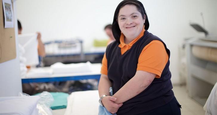 VIDEO: Conoce la primera lavandería de trabajadores con síndrome de Down en Latinoamérica