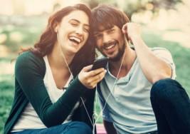 Escuchar música en grupo reduce los riesgos de padecer depresión