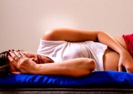 7 síntomas de que tienes una TORSIÓN OVÁRICA y los peligros de no ser atendida a tiempo