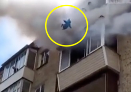 Padre arroja a su bebé desde un quinto piso y un milagro ocurre