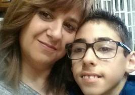 """La madre que 'operó' a su hijo en Urgencias: """"Los médicos se negaron"""""""