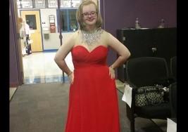 Tiene síndrome de Down, dominó un concurso de belleza e hizo historia en Míchigan
