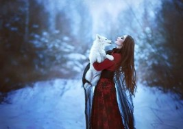 Cuando Caperucita afrontó sus miedos se vistió con la piel del lobo