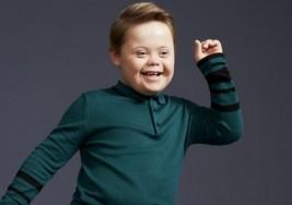 Joseph Hale, el niño con síndrome de Down que debuta como modelo y espera lograr una mayor inclusión