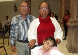 'Bendición de Dios tener hija con parálisis cerebral'