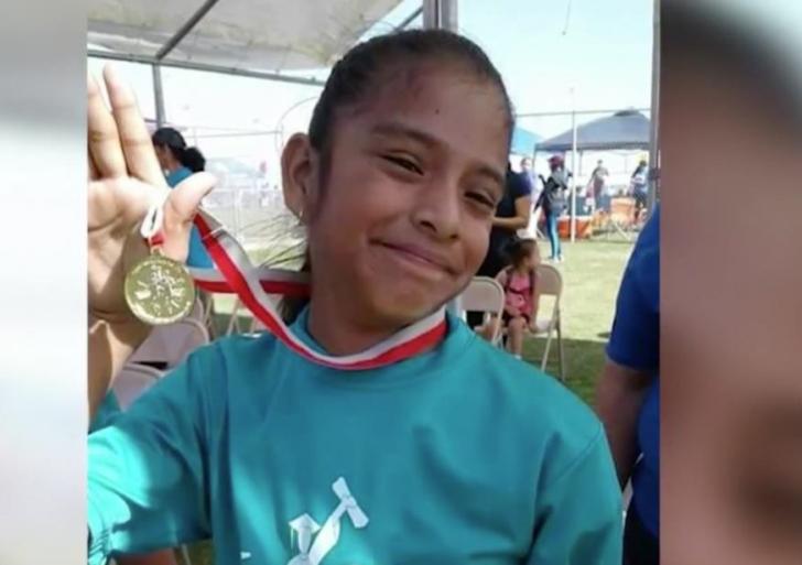 Exigen a 'migra' liberar a niña mexicana con parálisis cerebral
