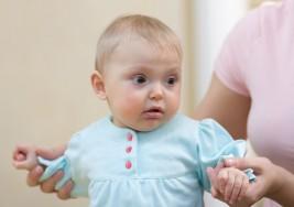 Señales que te ayudarán a identificar un retraso psicomotor en tu bebé