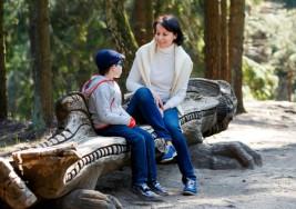 Enseña a tus hijos cómo identificar y esquivar a personas extrañas