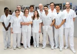 Alumnos ciegos de la Escuela de Fisioterapia de la ONCE inician sus prácticas en Parapléjicos
