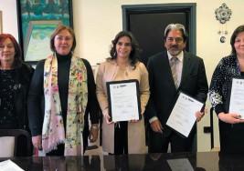 Retoman modelo de apoyo a niños con parálisis cerebral de DIF Morelos en DIF Nacional