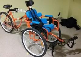 ErniBike: la bicicleta adaptada para transportar y rehabilitar a niños con parálisis cerebral que ya está en el mercado