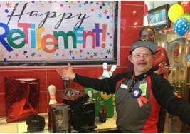 """Este trabajador con Síndrome de Down se retira de McDonald´s después de 33 años como """"el mejor de la empresa"""""""