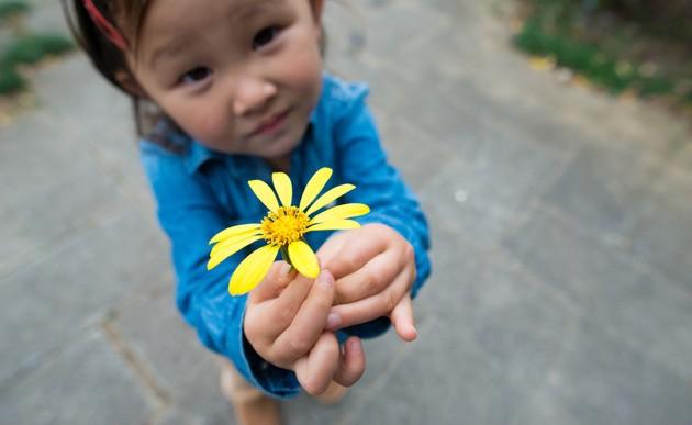 Estudios científicos sostienen que hay 4 cosas que debes hacer para ser feliz