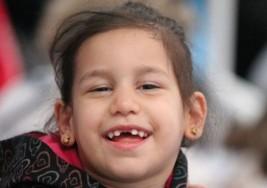 Fallece Nahir, la niña con parálisis cerebral que pagaba su tratamiento con tapones