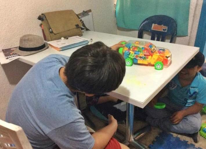 Dan herramientas para su superación a niños con síndrome de Down