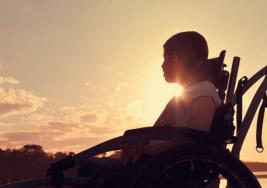 Politécnicos Desarrollan Prótesis Para Persona Con Parálisis Cerebral