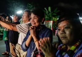 Niños atrapados en Tailandia: rescatan a cuatro de los 12 menores atrapados en una cueva en Tailandia